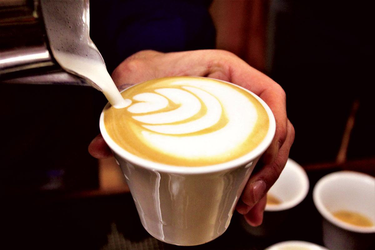 corso bartender, bartender, bartender padova, bartender venezia, barman venezia, barman padova, caffè latteart, caffè latteart padova, caffè latteart venezia, jigger, shaker, pour, cocktail, cocktail padova, cocktail venezia, old style, old style padova, corsi barman padova, corsi certificati barman, flairtender padova, flairtender,